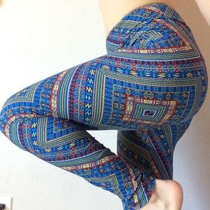 Lularoe Tribal Soft One Size Leggings Wacky